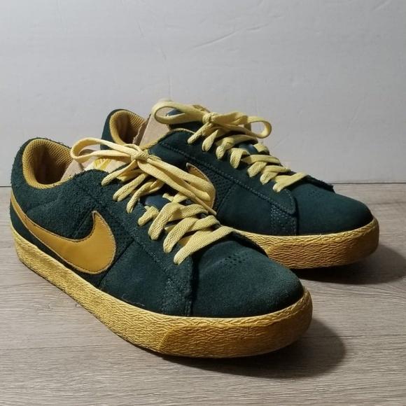 new arrival 5fe74 eaa1f Nike SB Blazer Low sz 8.5 Green Gold. M5c35026d534ef9c28f740ed7